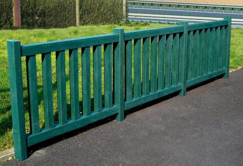 Mobilier d'extérieur - clôture en plastique recyclé vert