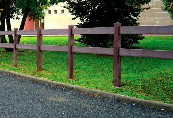 Barrière carrée à 2 lisses, coloris marron, plastique recyclé Plas Eco