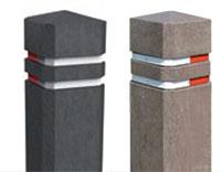 Bornes de protection carrées avec 2 bandes réfléchissantes