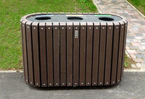 Point-tri de la rubrique mobilier urbain de propreté intégrant 3 bacs de 60 L