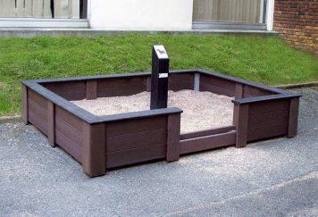 Espace de sanitaire canin dans la rubrique mobilier urbain de propreté, Modèle R.5 en plastique recyclé